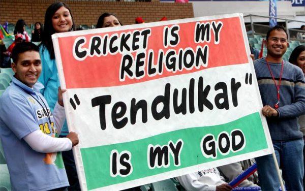 B_Id_75248_Tendulkar_fans